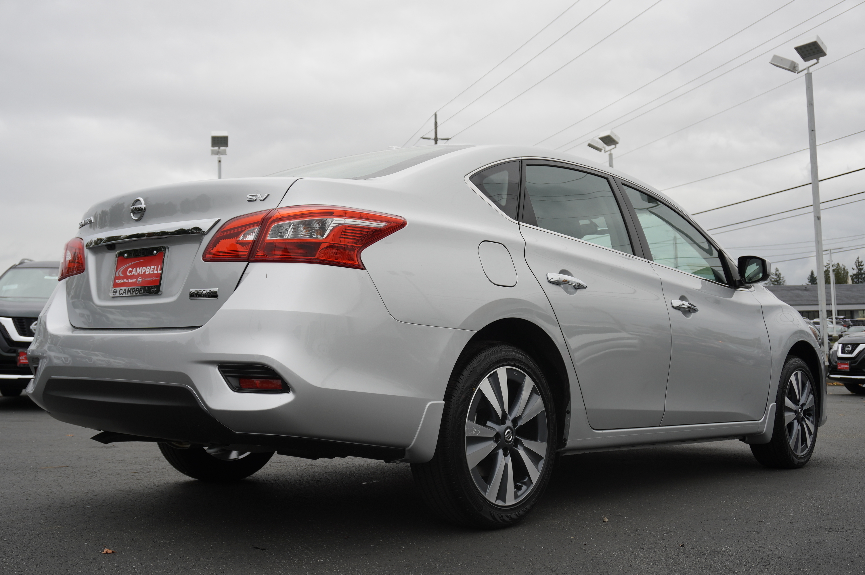 New 2019 Nissan Sentra SV w/Special Edition
